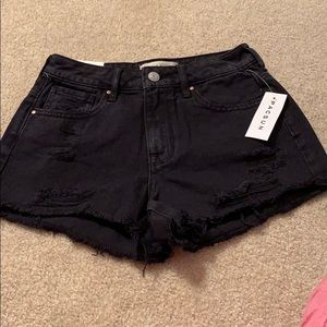 Women's high wasted jean shorts